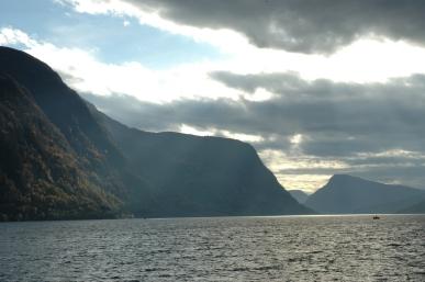 Fjord og Himmel